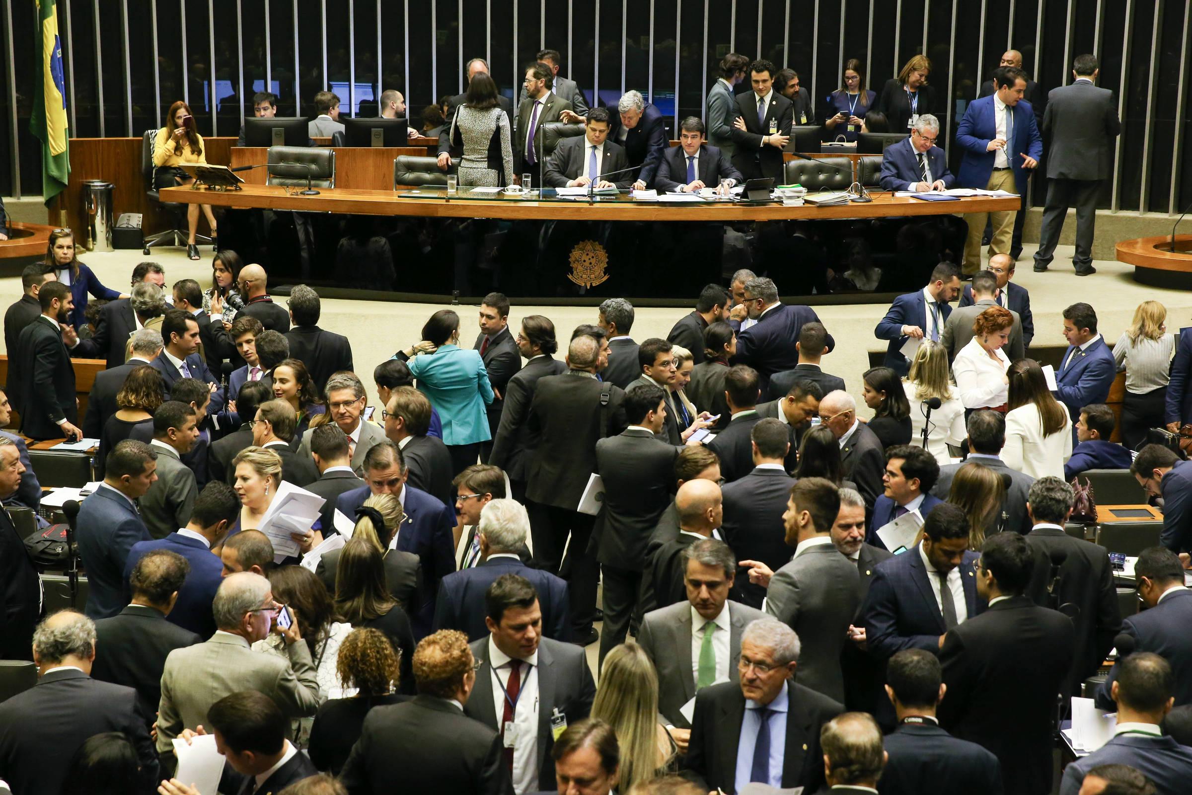 Fernando Canzian: Bolsonaro e os 300 picaretas
