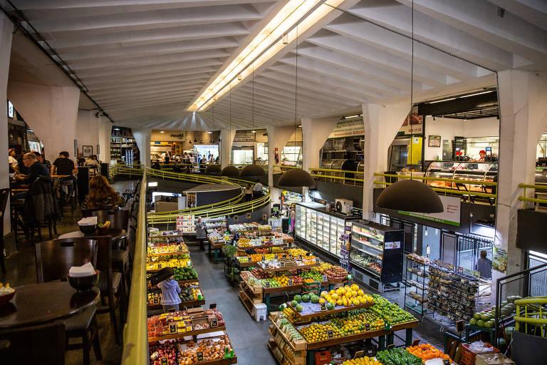Mercado de Pinheiros se moderniza sem perder raiz caipira