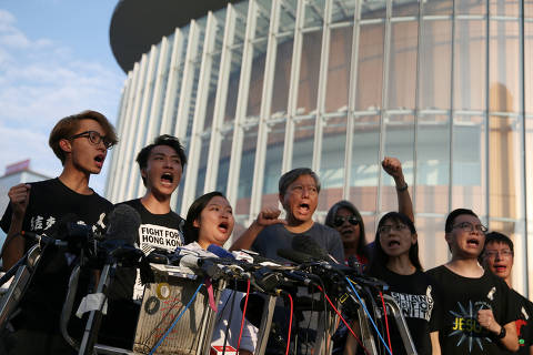 Members of Civil Human Rights Front hold a news conference in response to the announcement by Hong Kong Chief Executive Carrie Lam regarding the proposed extradition bill, outside the Legislative Council building in Hong Kong, China, June 15, 2019. REUTERS/Athit Perawongmetha ORG XMIT: ATH203
