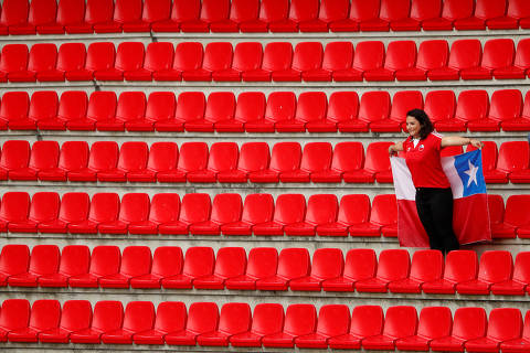 Soccer Football - Women's World Cup - Group F - Chile v Sweden - Roazhon Park, Rennes, France - June 11, 2019  A Chile fan inside the stadium before the match   REUTERS/Gonzalo Fuentes ORG XMIT: AI