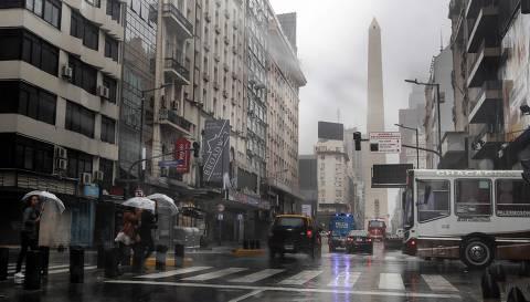 Apagão deixa Argentina e Uruguai sem energia