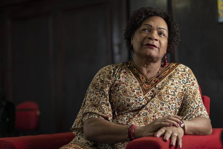 Denise Taynáh, 69, que encara a transexualidade na terceira idade