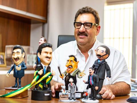 SAO PAULO, SP, BRASIL. 29/09/2018. O apresentador Carlos Roberto Massa, o Ratinho do SBT (foto: Rubens Cavallari/Folhapress,AGORA SHOW, ****ESPECIAL****). ***EXCLUSIVO AGORA***EMBARGADA PARA VEICULOS ON LINE***UOL E FOLHA.COM E FOLHAPRESS CONSULTAR FOTOGRAFIA DO AGORA SÃO PAULO***f: 3224-2169, 3224-3342.   Selene Id: ORG XMIT: AGEN1809070346285029