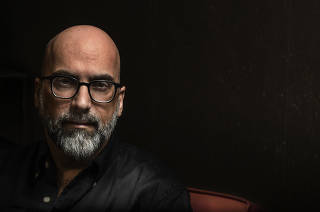 Entrevista com o escritor português Valter Hugo Mãe, em São Paulo