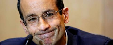 (FILES) This file photo taken on September 01, 2015 shows Brazil's construction giant Odebrecht president Marcelo Odebrecht during a hearing of the parliamentary committee of the Petrobras investigation in the Federal Justice court, in Curitiba. Odebrecht, implicated in the biggest corruption scandal in the history of Brazil, will serve out the remainder of his 10-year sentence for corruption and money laundering in house arrest -in a luxurious mansion in Sao Paulo- after spending two and a half years in a prison in Curitiba (south). / AFP PHOTO / Heuler Andrey ORG XMIT: HAN021