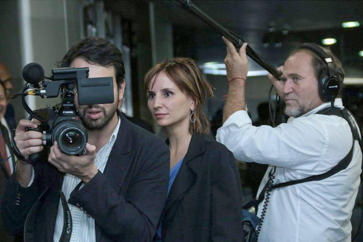 Deputada aciona Ministério Público por ataques da Secom a Petra Costa