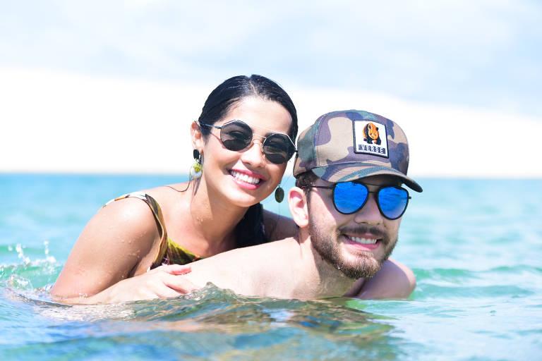 Thaynara OG e o namorado Gustavo Mioto