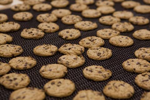 SOROCABA - SP - 15.03.2013 -  linha de producao dos cookies na PepsiCo em Sorocaba.  (Foto: Danilo Verpa/Folhapress, COMIDA)