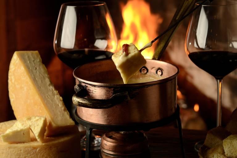 Fondues entram para o menu de restaurantes neste inverno, que começa na sexta (21)