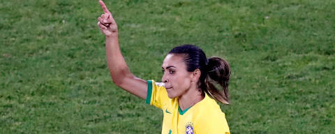 Soccer Football - Women's World Cup - Group C - Italy v Brazil - Stade du Hainaut, Valenciennes, France - June 18, 2019  Brazil's Marta celebrates scoring their first goal  REUTERS/Bernadett Szabo ORG XMIT: AI