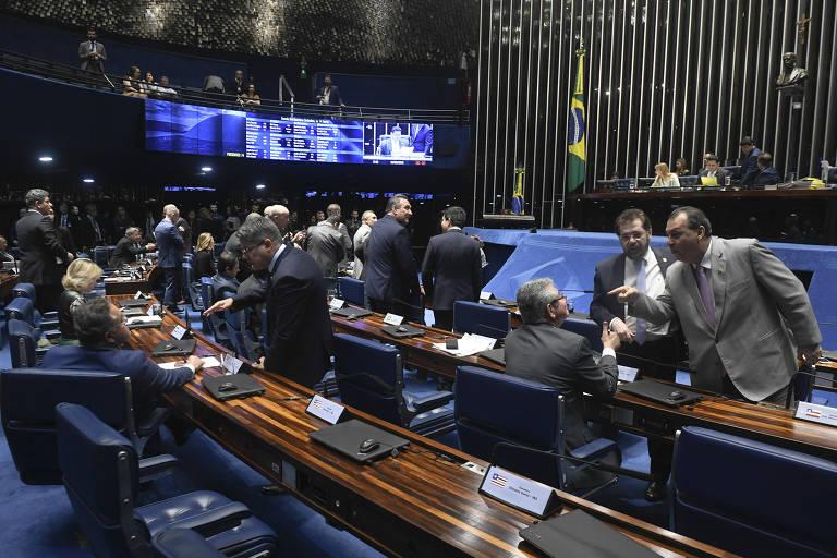 Plenário do Senado Federal durante votação sobre os decretos de armas de Bolsonaro, nesta quinta (18)