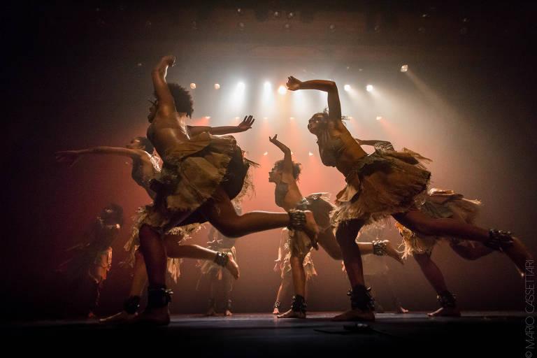 Cia. Gumboot Dance Brasil apresenta espetáculo 'Subterrâneo'