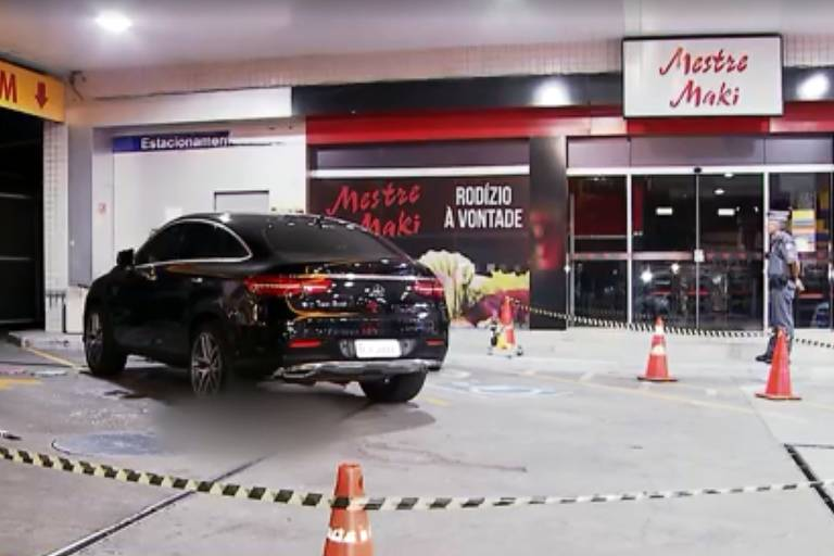 Carro do advogado morto a tiros em posto de combustíveis na zona sul de SP