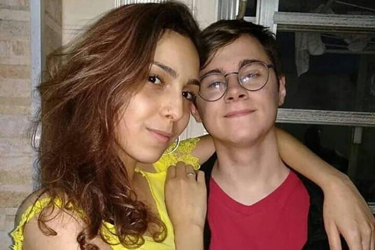 Rafael Miguel e a namorada  Isabela Tibcherani