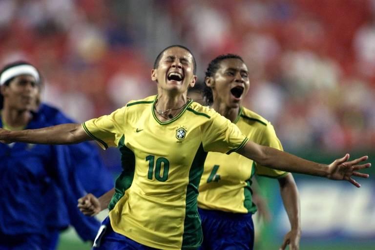 CBF perde outra oportunidade de se redimir de erros contra o futebol feminino