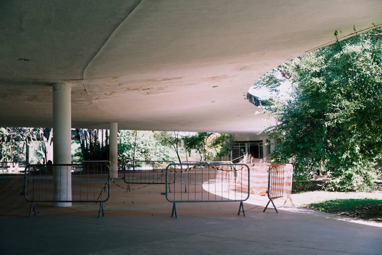 Interdições na marquise do Ibirapuera