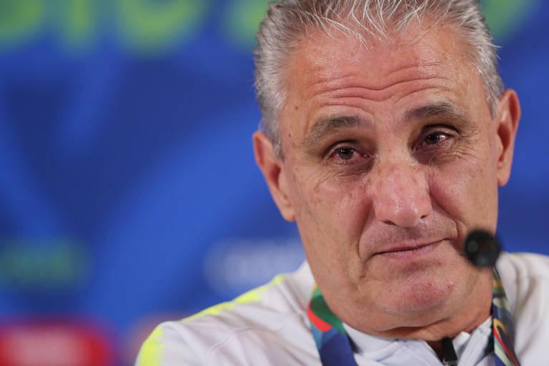 Tite durante a entrevista coletiva na Arena Corinthians, na véspera de duelo com o Peru