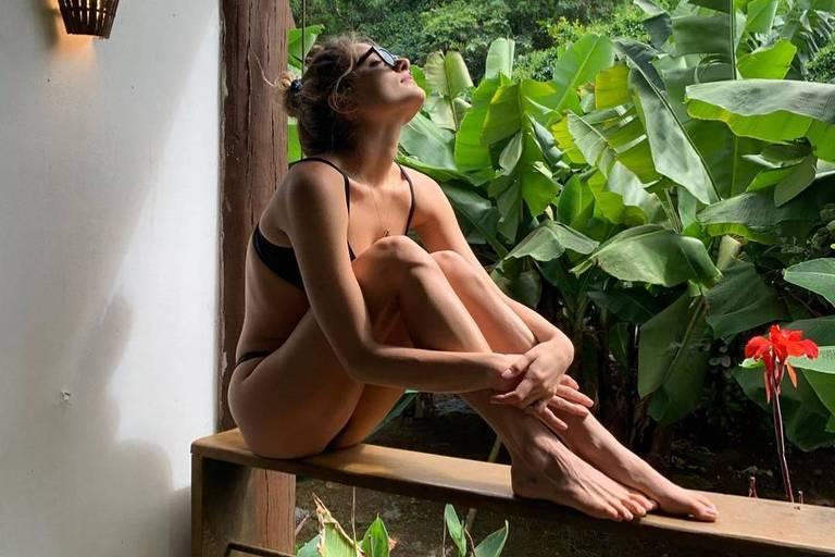 Sasha Meneghel passa alguns dias de férias em Fernando de Noronha