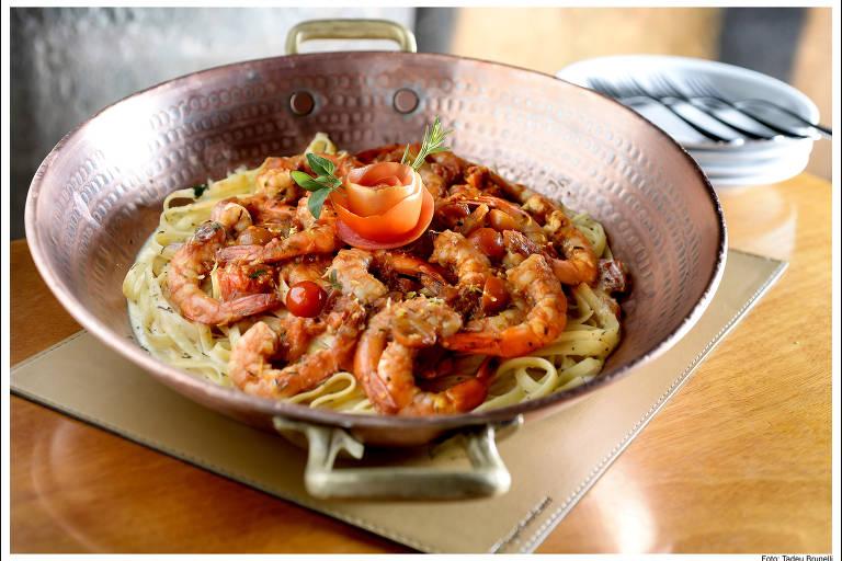 Coco Bambu é o melhor restaurante para ir com a família em SP, diz Datafolha