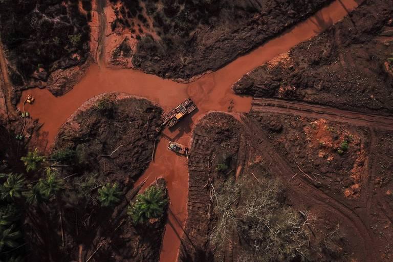 Equipes de resgate em busca de desaparecidos em Brumadinho (MG), mais de 3 meses após o rompimento de barragem da Vale