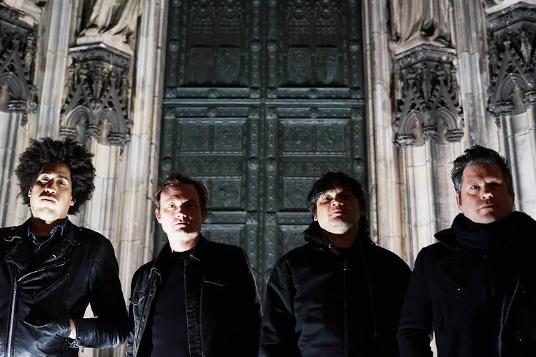 Integrantes da banda americana de rock ...And You Will Know Us by the Trail of Dead