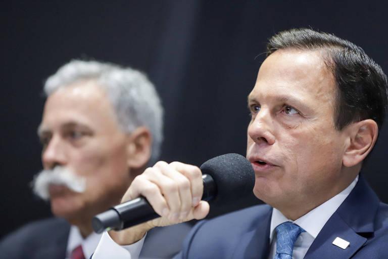 João Doria durante entrevista ao lado de Chase Carey, diretor-geral da F-1