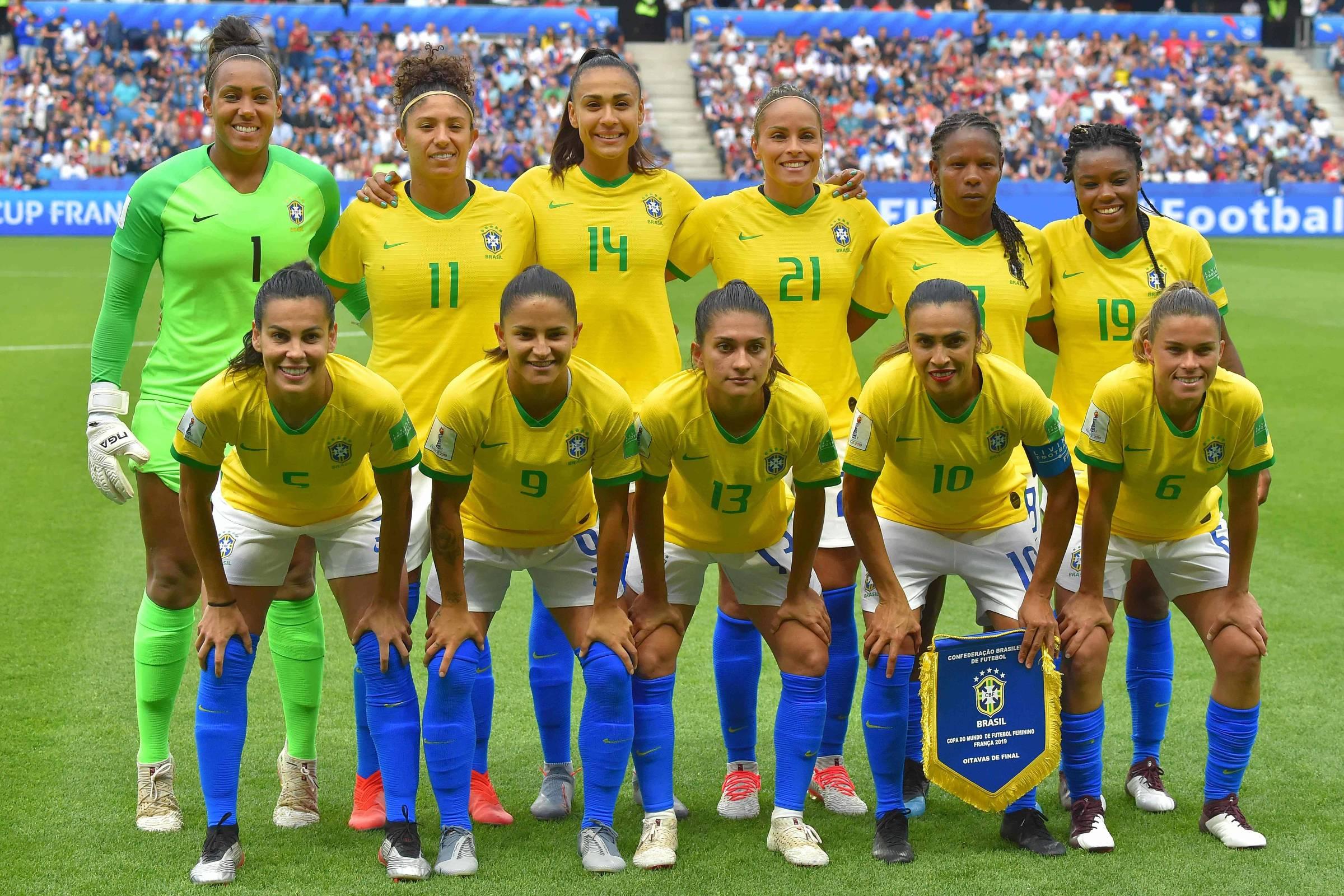 Time feminino tem 1 jogo entre 5 maiores audiências das seleções
