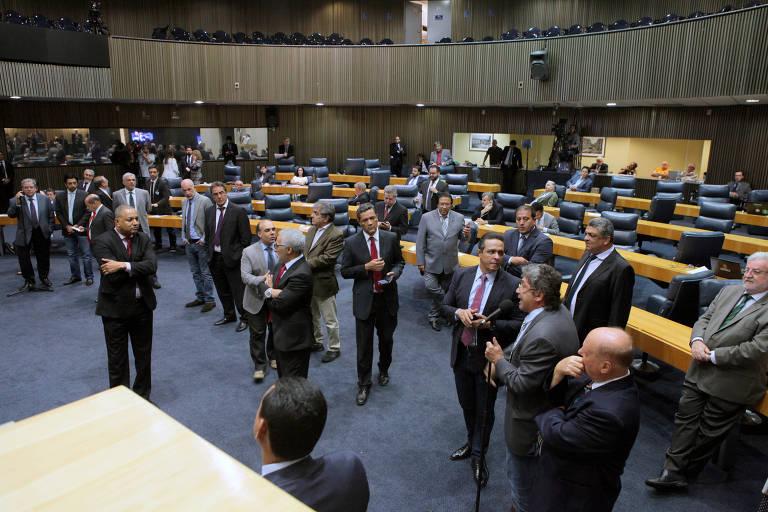 Vereadores durante sessão na Câmara Municipal de São Paulo