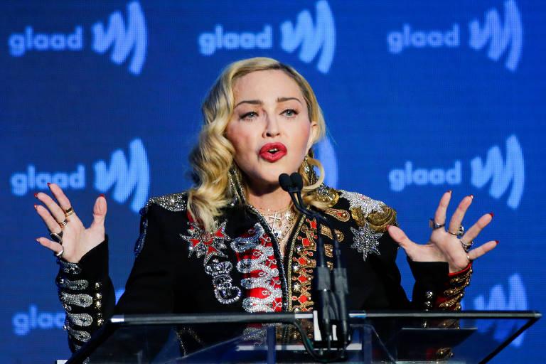 A cantora Madonna no 30º GLAAD Awards