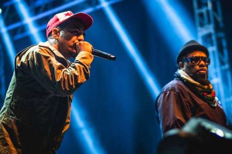 Marcelo D2 e B Negão em show do Planet Hemp em Altinópolis (SP), em 2019