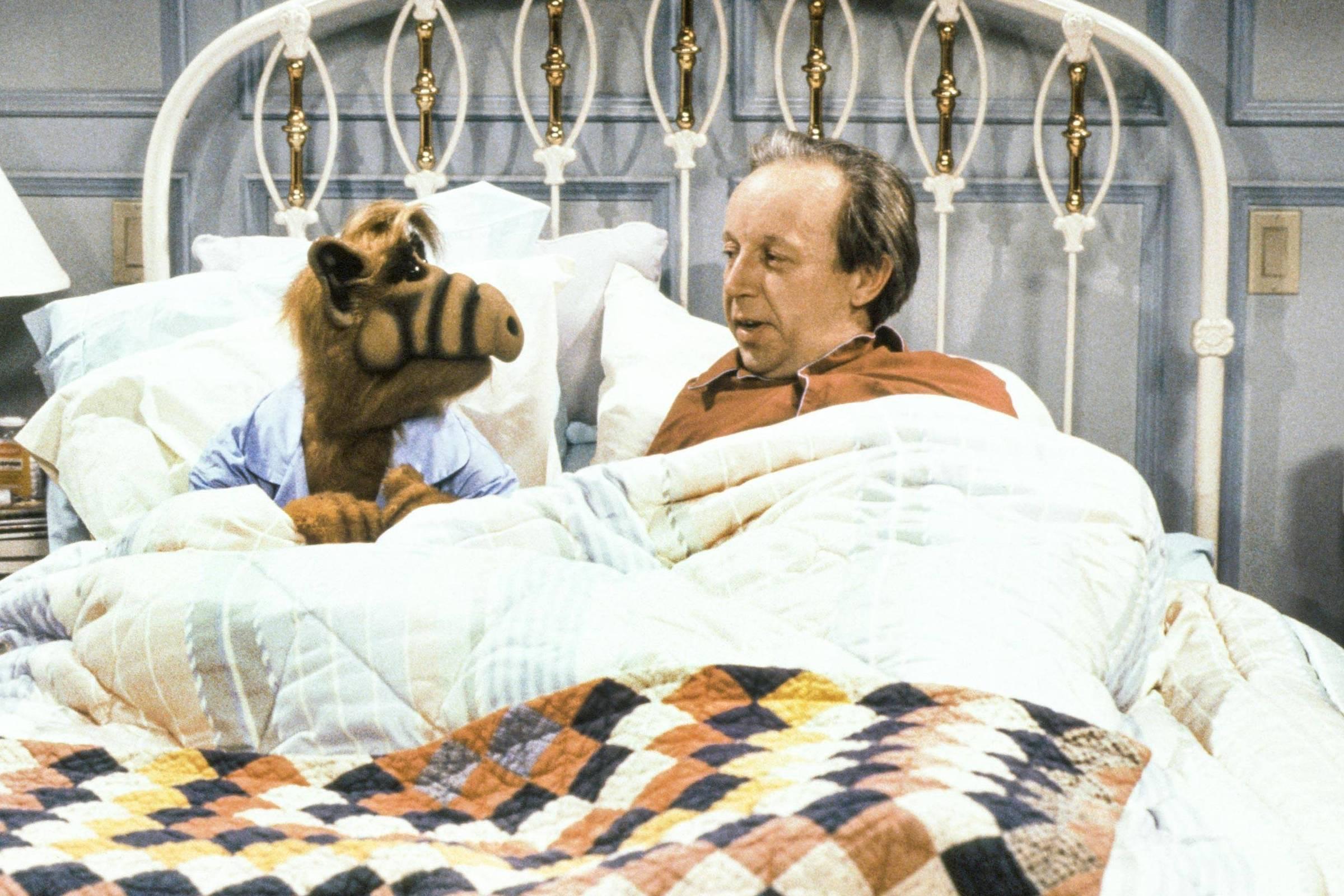 Max Wright, o pai da série 'Alf, o Eteimoso', morre aos 75 anos