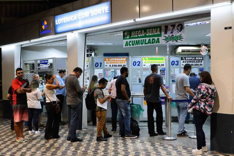 Casas lotéricas permitirão saques de até R$ 2.000 para clientes Caixa e BNB
