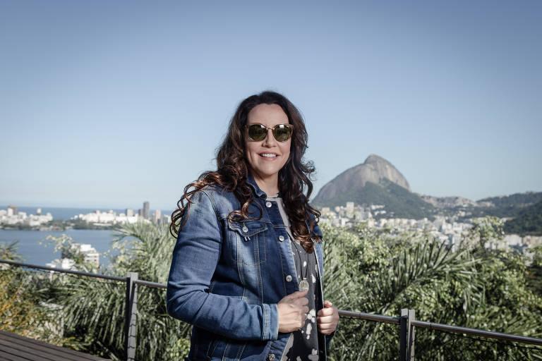 Veja imagens de Ana Carolina