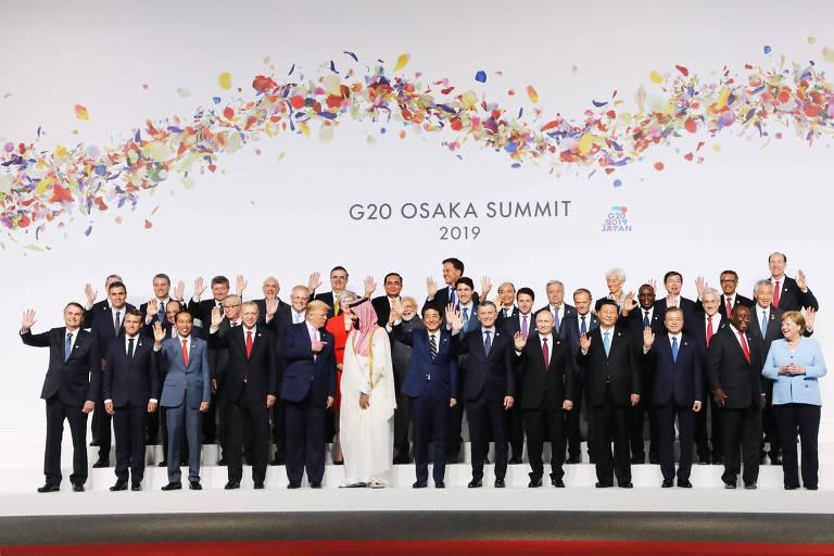 Líderes se reúnem para foto oficial da cúpula do G20, em Osaka