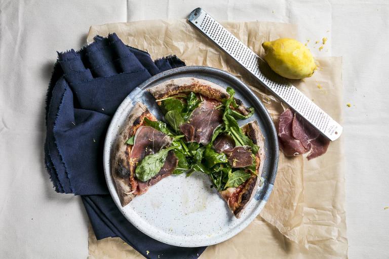 Com porções individuais, Carlos Pizza é a melhor opção da cidade