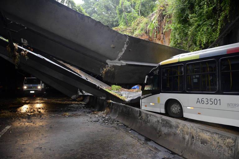 Estrutura do Túnel Acústico Rafael Mascarenhas, que cedeu em maio com a chuva no Rio de Janeiro