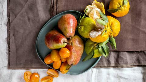 BRASIL - SAO PAULO - 15.05.2019 - O MELHOR DE SAO PAULO - Gastronomia - REVISTA SAO PAULO - Frutas vendidas no Instituto Chao. Foto: KEINY ANDRADE/FOLHAPRESS ORG XMIT: AGEN1905161420969259