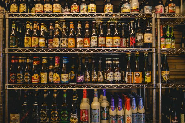 Empório Alto dos Pinheiros e Frangó são melhores bares para beber cerveja, diz Datafolha