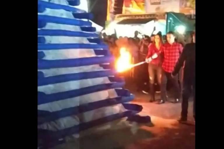 Resultado de imagem para Rogério Lins, prefeito de Osasco, é atingido por explosão de fogueira em festa junina