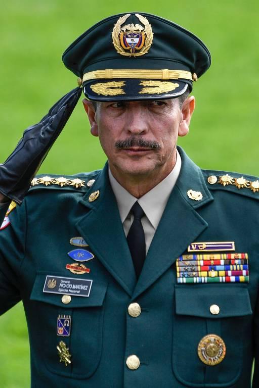O general Nicacio Martinez, comandante-chefe do Exército da Colômbia