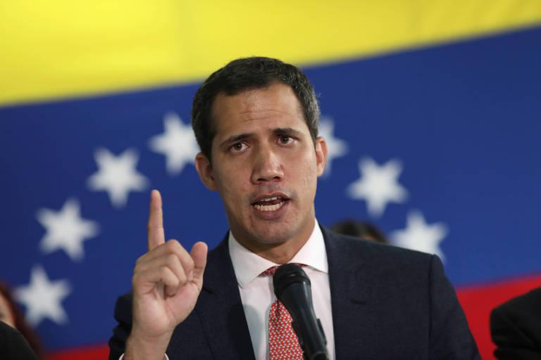 O líder oposicionista venezuelano Juan Guaidó concede entrevista em Caracas