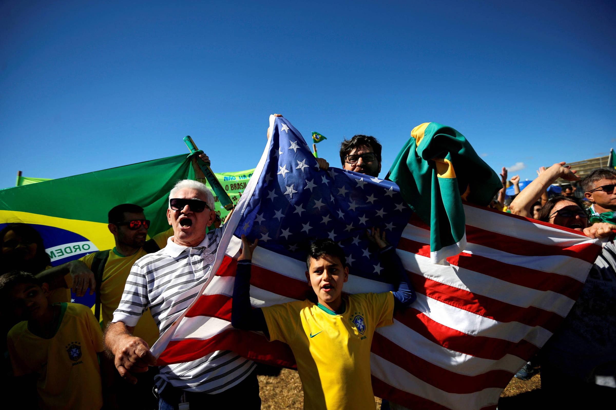 Já Somos um País Fascista - por Dodô Azevedo (Parte III)  15619105725d18dd2c44bcd_1561910572_3x2_rt