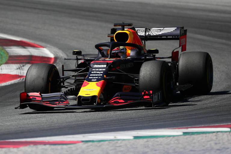 O piloto da Red Bull Max Verstappen venceu o GP da Austria, neste domingo (30)