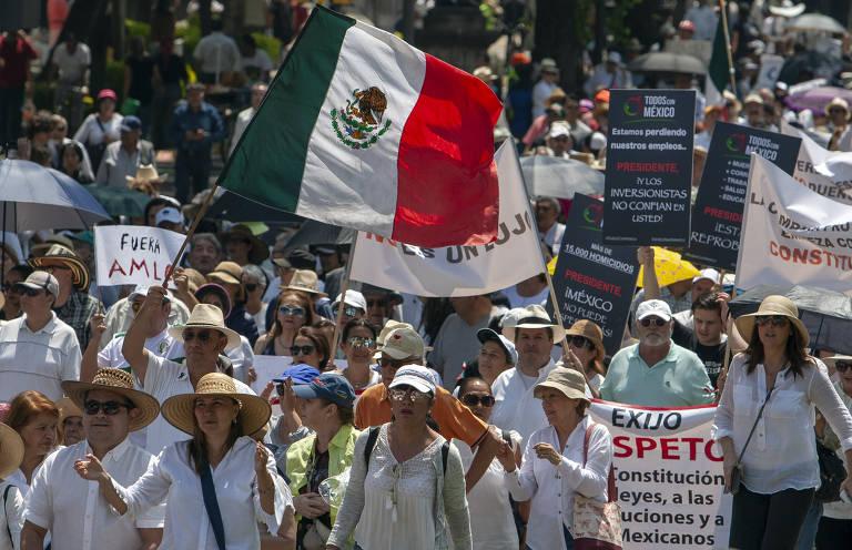 Protestos contra presidente López Obrador no México