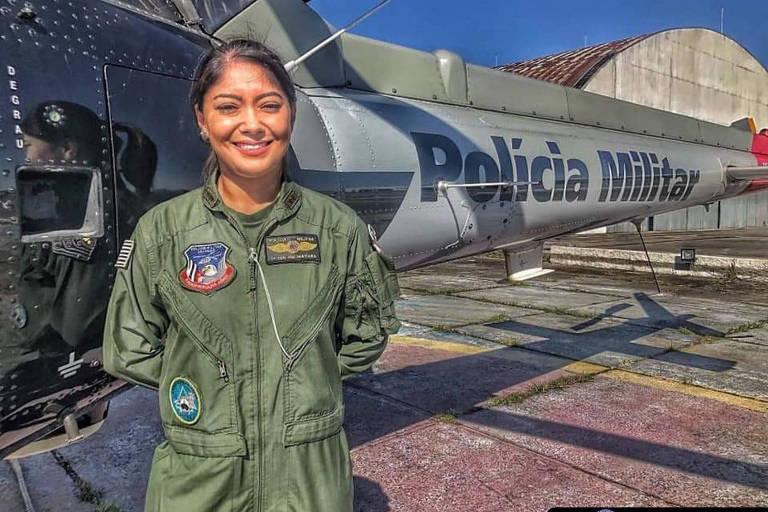 1ª tenente Mayara Tanaka, 31 anos é a primeira comandante de helicóptero da Polícia Militar de São Paulo