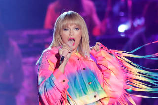Taylor Swift performs at the iHeartRadio Wango Tango concert in Carson