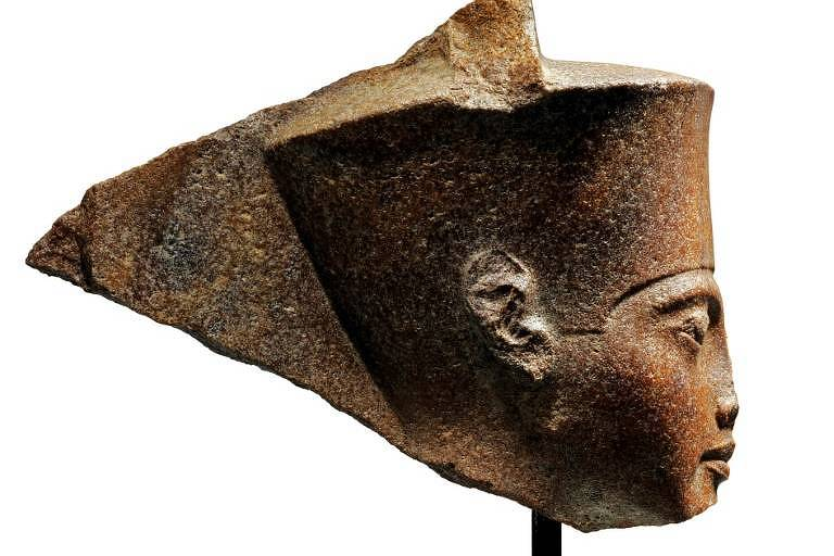 Egito pede à Interpol que localize busto leiloado de Tutancâmon
