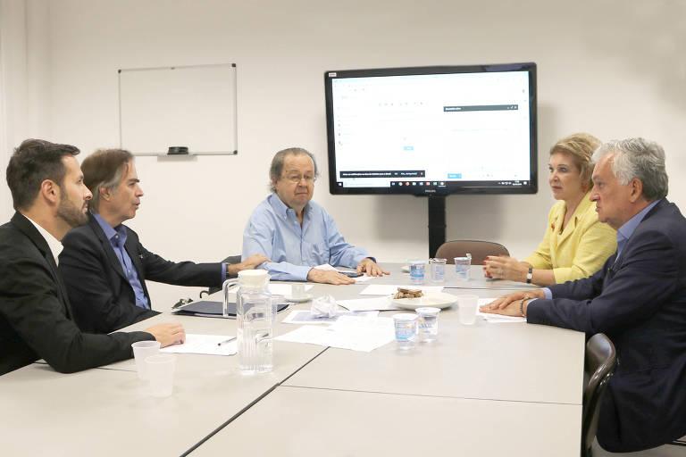 Reunião de ex-ministros da Cultura na USP.