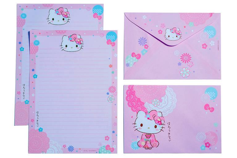 Hello Kitty comemora aniversário de 45 anos