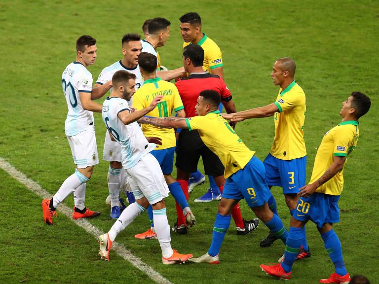Brasil e Argentina na semifinal da Copa América